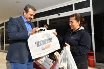 ELEKTRONİK ATIK - Başkan Çetin Bez Çanta Dağıttı