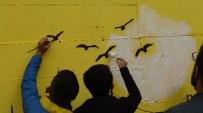 KARAALI - Gercüş'te Sokaklar Şair Ve Yazar Resimleriyle Renklendi