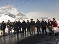 CAN GÜVENLİĞİ - Güvenlik Güçlerine Kışlık Malzeme Dağıtıldı