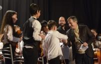FEVZI ÇAKMAK - 'İki Elin Sesi Var Çocuk Senfoni Orkestrası' Ayakta Alkışlandı