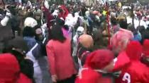 MAKEDONYA - Makedonya'da Vevçani Karnavalı