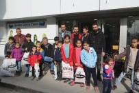 Silopi'de Engellilere Giysi Yardımı