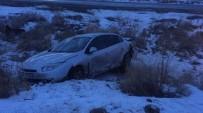 Takla Atan Otomobil Şarampole Uçtu Açıklaması 5 Yaralı