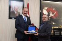 MAMAK BELEDIYESI - Türk Kızılayı Mamak Şube Başkanı Can'dan Başkan Akgül'e Ziyaret
