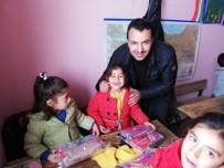 REFERANS - AK Parti Başkale Gençlik Kollarından Örnek Davranış
