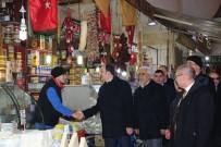 KADINLAR PAZARI - Başkan Altay, Kadınlar Pazarında Esnafla Buluştu
