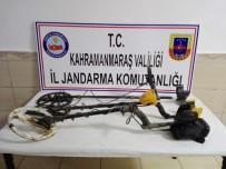Dedektörle Kaçak Kazıya Jandarma Operasyonu