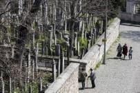 SANAT ESERİ - Eyüpsultan'da 10 Bin Mezar Taşına 3 Boyutlu Koruma