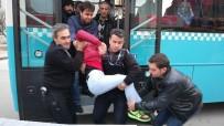 GENÇ KADIN - Kahramanmaraş'ta Halk Otobüsleri Ambulans Gibi Çalışıyor