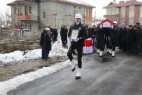 EMNİYET TEŞKİLATI - Kalp Krizi Geçiren Polisi Meslektaşları Son Yolculuğuna Uğurladı