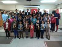 SATRANÇ FEDERASYONU - Okullar Satranç Turnuvasında Yarıştı