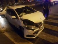 BALıKLıGÖL - Şanlıurfa'da Trafik Kazası Açıklaması 4 Yaralı
