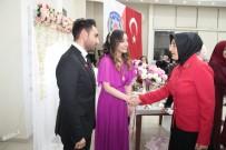 10 MAYıS - Vali Bilmez'in Eşi, Şehit Kızını Nişanında Yalnız Bırakmadı