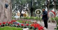 ÖLÜM YILDÖNÜMÜ - Zübeyde Hanım'ın Mezarı Başında Dua Etti