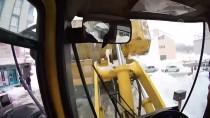 İŞ MAKİNESİ - Bir Haftada 600 Kamyon Kar