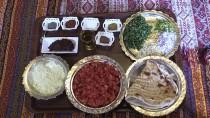 MEHMET TAHMAZOĞLU - Bu Sofrada Ekmek İsrafına Yer Yok
