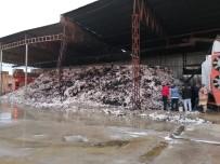 Fabrikada Çıkan Yangında Tonlarca Pamuk Kül Oldu