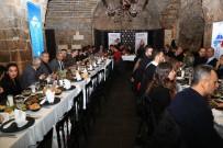GAZIANTEP ÜNIVERSITESI - Gaziantep Eğitim Camiası HKÜ'nün Akşam Yemeğinde Buluştu