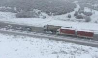 GÖKÇEÖREN - İzmir-Ankara Yolu Kar Nedeniyle Trafiğe Kapandı