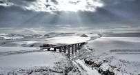 DEMİRYOLLARI - Karla Bütünleşen Doğu Ekspresi, Drone'la Havadan Görüntülendi