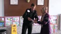 ÇEYREK ALTIN - 'Okuma Aşkı' İle Girdikleri Sınavda, Çocukları Gözetmen Oldu