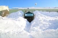 Tunceli'de Bir İlçe Kar Nedeniyle Görünmez Oldu