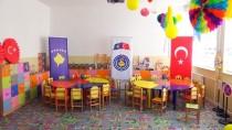 BARıŞ GÜCÜ - Türk Askerinden Kosova'da Eğitime Destek