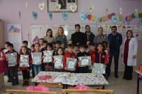 KADIR AYDıN - Üniversite Öğrencilerinden İlköğretim Öğrencilerine Kırtasiye Yardımı