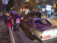 Yayaya Çarpmamak İçin Duran Otomobile Arkadan Gelen Araç Çarptı, 1 Yaralı