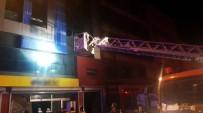 MOBİLYA - Ankara'da Korkutan Yangın Açıklaması 5 Yaralı