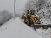 ÖZLEM ÇERÇIOĞLU - Aydın'da Kar Yağışı Sonrası Kapanan Yollar Açıldı