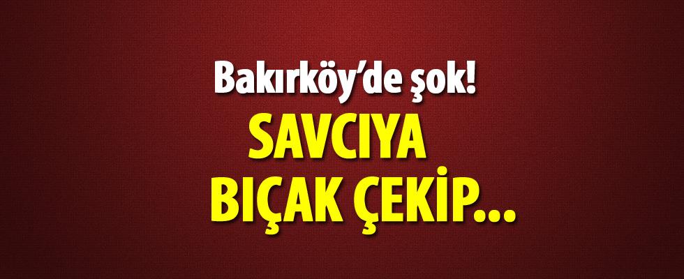 Bakırköy'de trafikte şok... Savcıya bıçak çekti