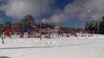 Bilecik'te 'Kar Tatili' Eğlenceye Dönüştü