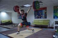 İTALYA - Bilecikli Milli Sporcu ASKİ'ye Transfer Oldu