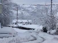 Elvanpazarcık Belediyesi'nden Karla Mücadele Çalışması