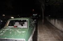 ÇAM AĞACI - Fırtınanın Devirdiği Ağaç Otomobilin Üzerine Düştü