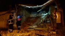 Gümüşhane'de Tüp Patlayan Kerpiç Ev Çöktü Açıklaması 1 Yaralı