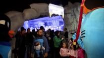 GÜNEY KUTBU - İstanbul Akvaryum 11 Gentoo Pengueni Evlat Edindi