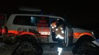 Kapanan Yollar Paletli Ambulanslarla Aşılıyor