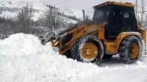 KIŞ MEVSİMİ - 'Kar Kaplanları' Zorlu Mesaide