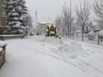 Odunpazarı Belediyesi Ekipleri Kar Mesaisinde
