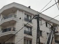 İSTİKLAL - (Özel) Aynı Sokakta İki Binada Korkutan Yangın