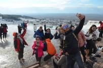ARKEOLOJI - Pamukkale'de 'Müzelerde Selfie Günü' Kutlandı