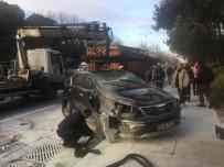 BÜYÜKDERE - Sarıyer'de Ambulansa Çarpan Araç Takla Attı Açıklaması 2 Yaralı