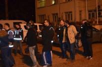 ÇEVİK KUVVET - Uyuşturucu Satıcılarına Şafak Operasyonu Açıklaması 22 Gözaltı