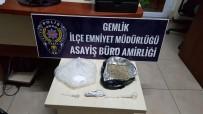Bursa'da 15 Bin Liralık Uyuşturucu Ele Geçirildi