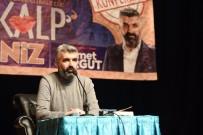 AHMET TURGUT - Çorumlu Hayranları İle Buluşan Yazar Turgut Açıklaması 'Kalp Aklın, Sevginin Ve Vicdanın Meşrebidir'