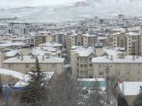 Elazığ'ın Karakoçan İlçesinde Okullar Tatil Edildi