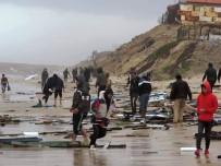 GAZZE - Gazze Polisi 6 Mısırlı Balıkçıyı Kurtardı