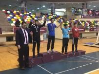 BRONZ MADALYA - İhlas Koleji Güreşte İki Altın Madalya Kazandı